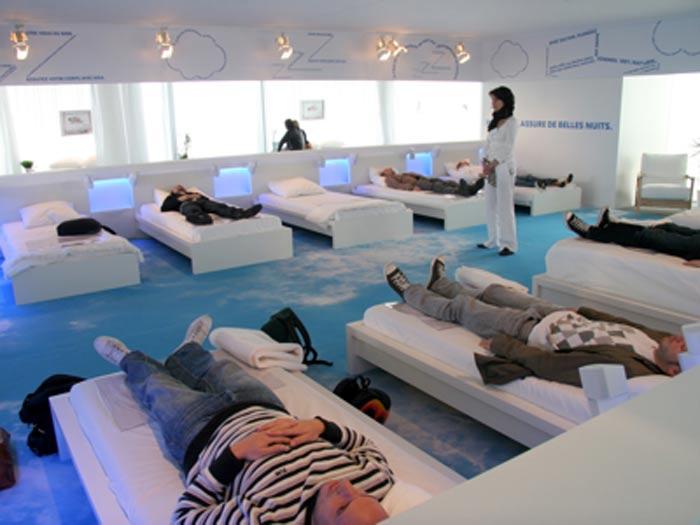 ikea investit la defense ubi bene. Black Bedroom Furniture Sets. Home Design Ideas